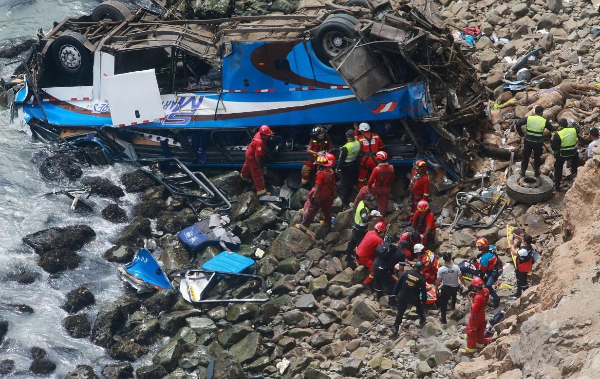 Los servicios de emergencias en el lugar de los hechos. / TWITTER
