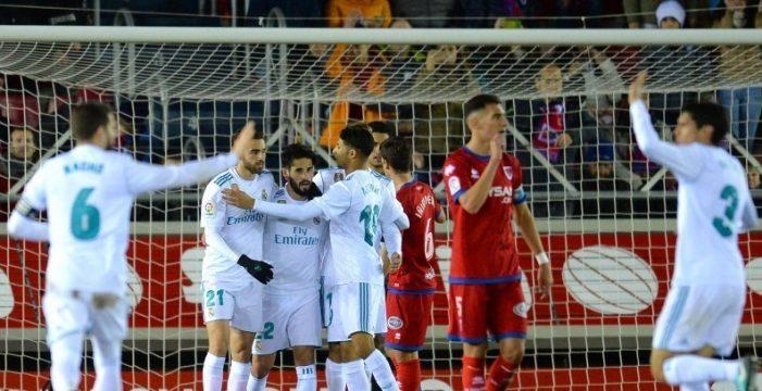 El Madrid fulmina in extremis la épica del Numancia y apunta a cuartos (0-3)