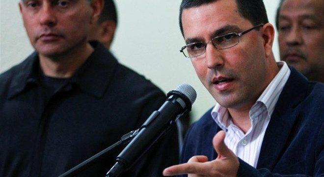 """Venezuela llama a consultas a su embajador en España por la """"agresión colonialista"""""""