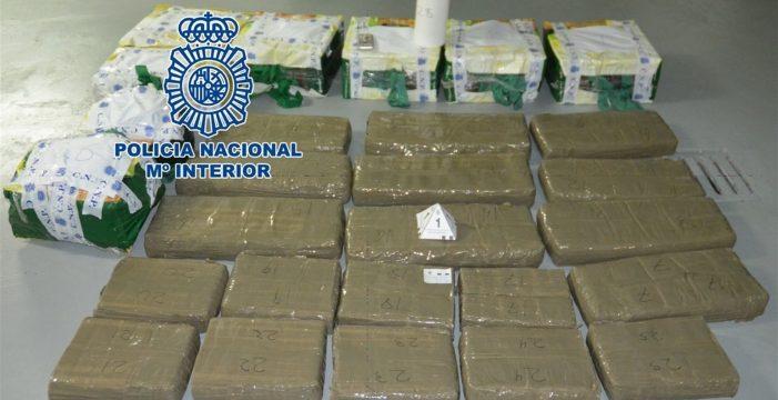Un preso entrega 258 kilos de hachís que estaban en un trastero