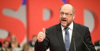"""Luz verde para negociar la """"gran coalición"""" con Angela Merkel"""