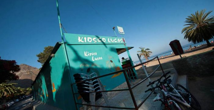 El aval para acceder a un kiosco de la playa Las Teresitas es de 100.000 euros