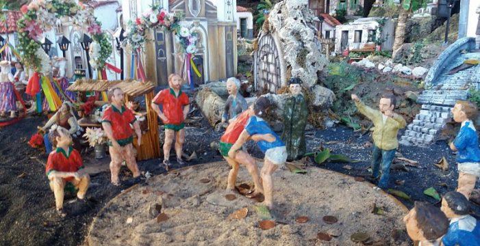 El Belén de Candelaria recrea una luchada entre los dos equipos del pueblo