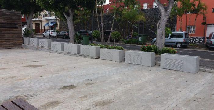 El Cabildo mejora el acceso y estética de la zona comercial abierta del casco de El Sauzal