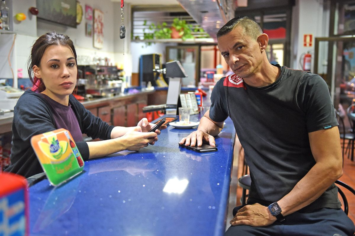 Ariadna y Nacho son dos de los empresarios afectados por los asaltos. Sergio Méndez