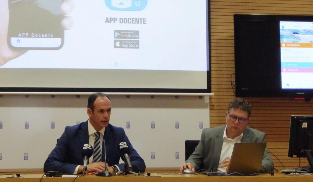 El viceconsejero de Educación, David Pérez-Dionis, presentó ayer la nueva plataforma. DA