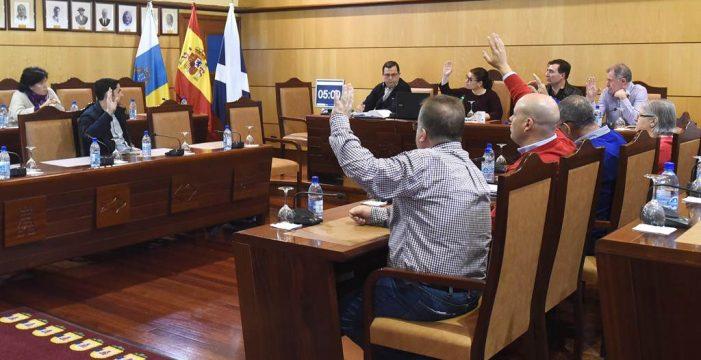 El Pleno adjudica las obras para estabilizar en un mes el primer talud de Bajo la Cuesta