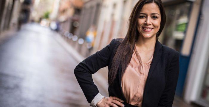"""Carmen Laura Lourido, candidata a Reina del Carnaval de Santa Cruz:""""En mis tres minutos y medio quiero transmitir mi amor por el Carnaval"""""""