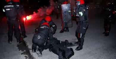 Fallece un ertzaina por los incidentes en las inmediaciones de San Mamés