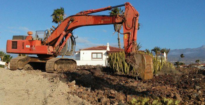 Exigen paralizar las obras que afectan a una mareta natural de San Miguel