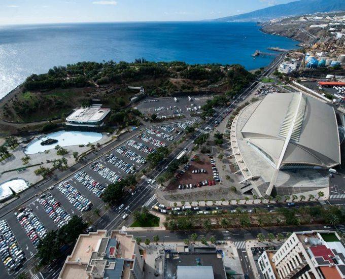 Restaurantes, calistenia y parques infantiles reactivan el eje Auditorio-Palmetum