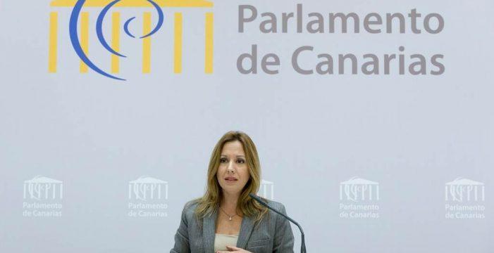 """Canarias avisa al Estado de que no dará """"ni un paso atrás"""" en el descuento a residentes"""