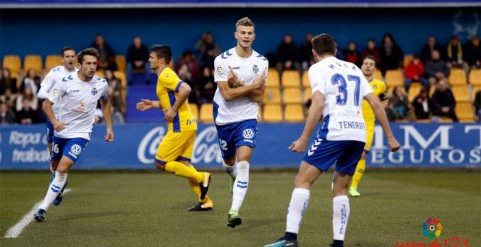 El Tenerife empata ante el Alcorcón (1-1)