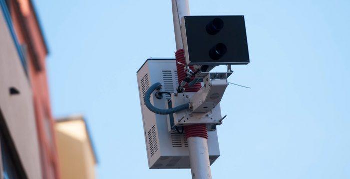 El foto-rojo de la avenida San Sebastián comenzará a operar en marzo