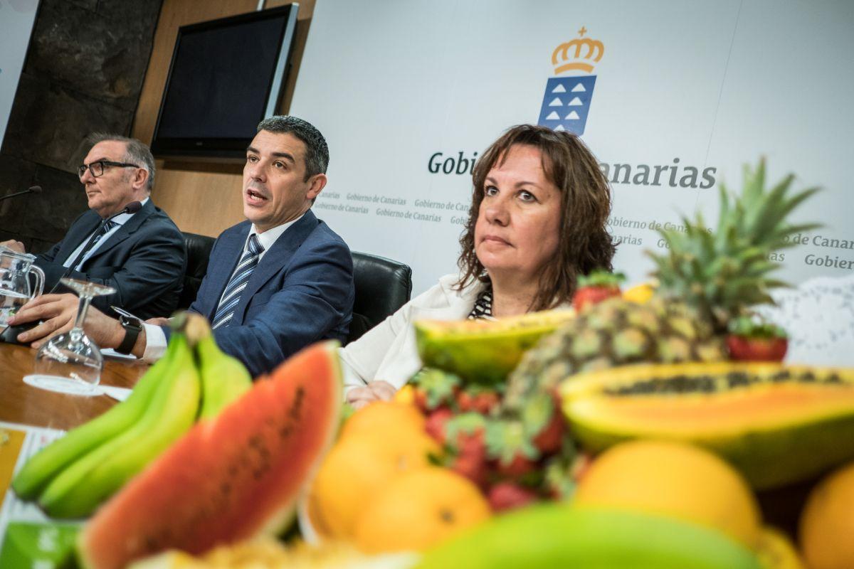 José Manuel Baltar, Narvay Quintero y Soledad Monzón, ayer, en rueda de prensa. Andrés Gutiérrez