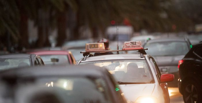 """La Mesa del Taxi de Canarias luchará contra el """"intrusismo"""""""