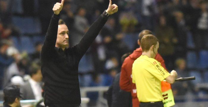 El CD Tenerife se desmelena con Etxeberria y golea 5-1 al Córdoba