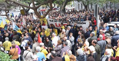 """Jubilados canarios se suman a la protesta por unas """"pensiones dignas"""""""
