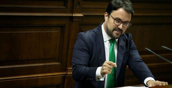 """Antona (PP) dice que Clavijo acumula su """"tercer suspenso"""" y le pide que deje el poder """"con dignidad"""""""