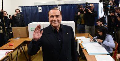 Silvio Berlusconi, en la jornada de votación. / DA
