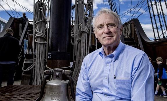 Mr. Cox y la campana de 'La Reina de los Mares'