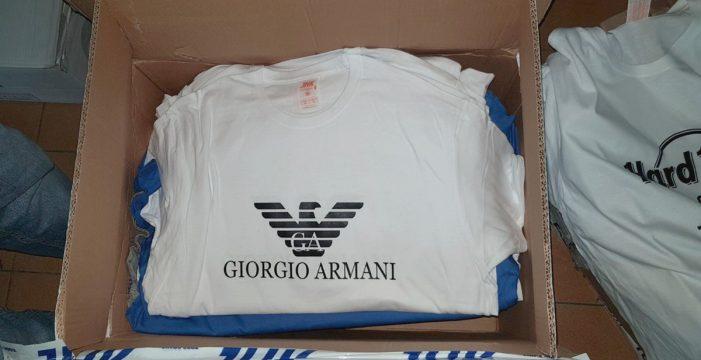 Descubierto en Arona un presunto taller de falsificación de ropa y gafas de marca