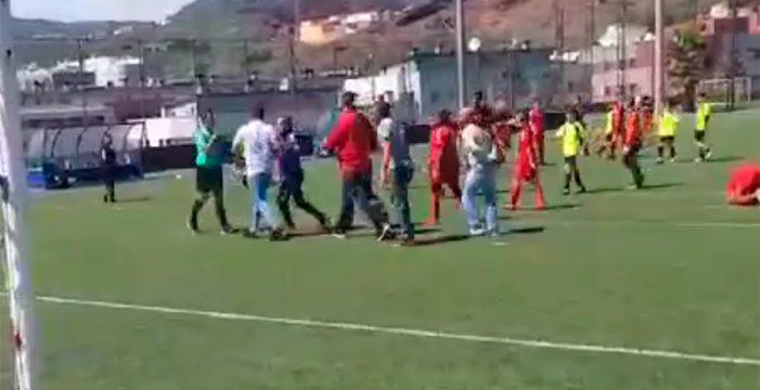 Agreden a un árbitro en un partido de alevines en Tenerife
