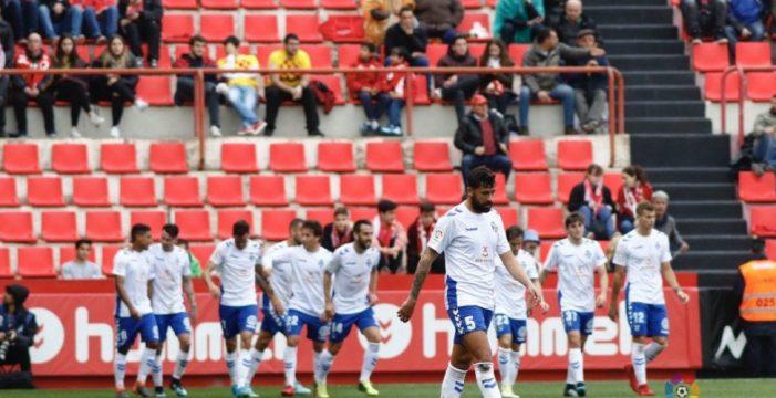 El Tenerife remonta al Nástic y se pone a seis puntos de la promoción