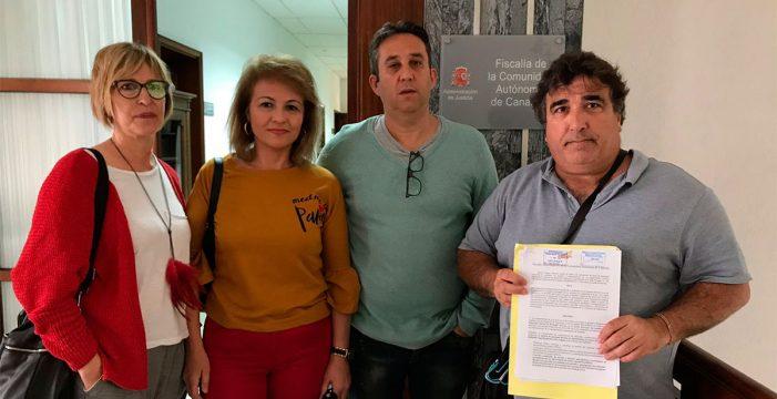 Denuncian ante la Fiscalía que más de 350 profesores ejercen como administrativos en el Gobierno de Canarias