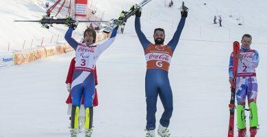 Los esquiadores, Santacana y Galindo, tras ganar la plata en la supercombinada. / EP
