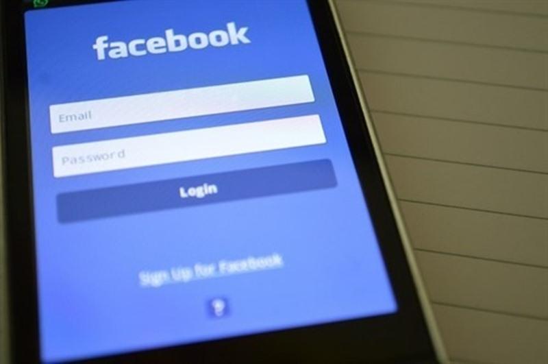 Aplicación móvil de Facebook. / EP