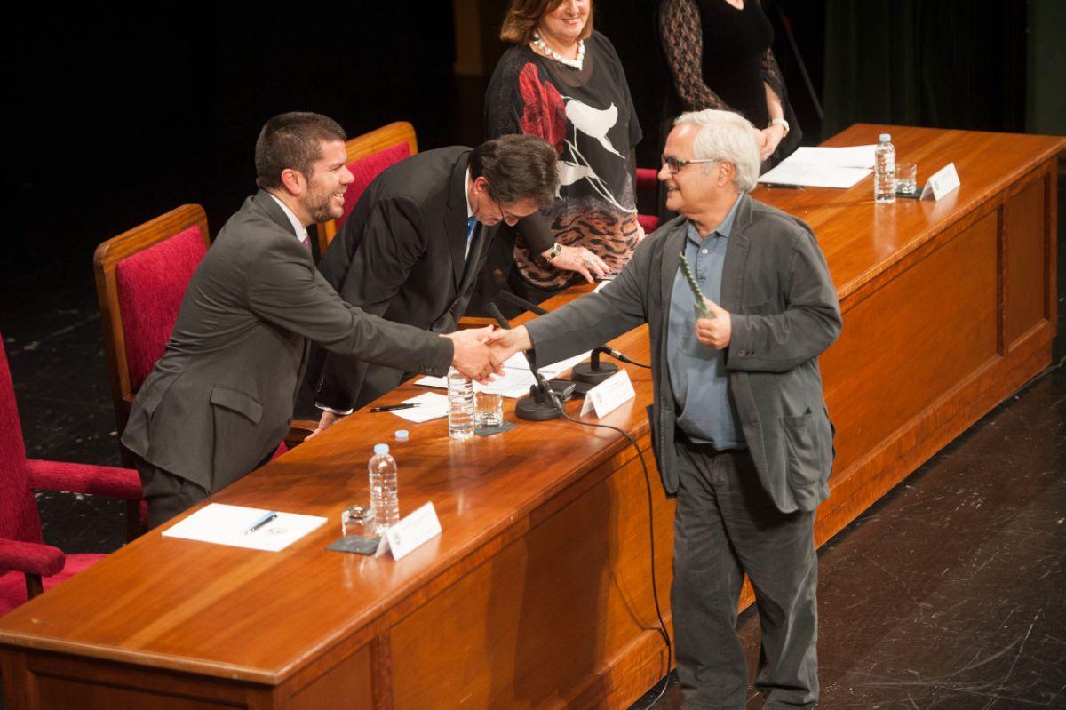 El rector de la ULL, Antonio Martinón, presidió el acto que tuvo lugar en el Paraninfo del centro académico | FOTO: Fran Pallero