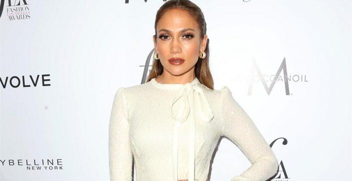 Jennifer López revela que también sufrió acoso en Hollywood