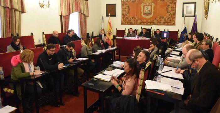 La oposición pide que el alcalde se someta a una cuestión de confianza