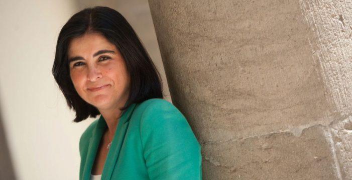 Carolina Darias tendrá que afrontar la interlocución con las autonomías y la subida salarial de los funcionarios