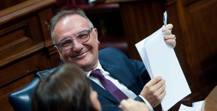"""La oposición acusa a Baltar de """"excluirla"""" del pacto por la mejora de la sanidad"""