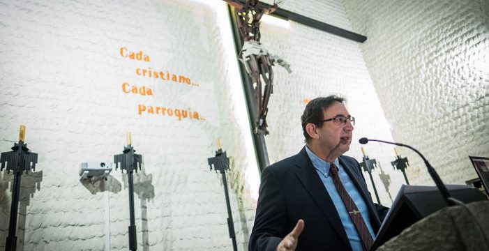 Moreno-Luque reflexiona en su pregón de Semana Santa sobre el cristianismo