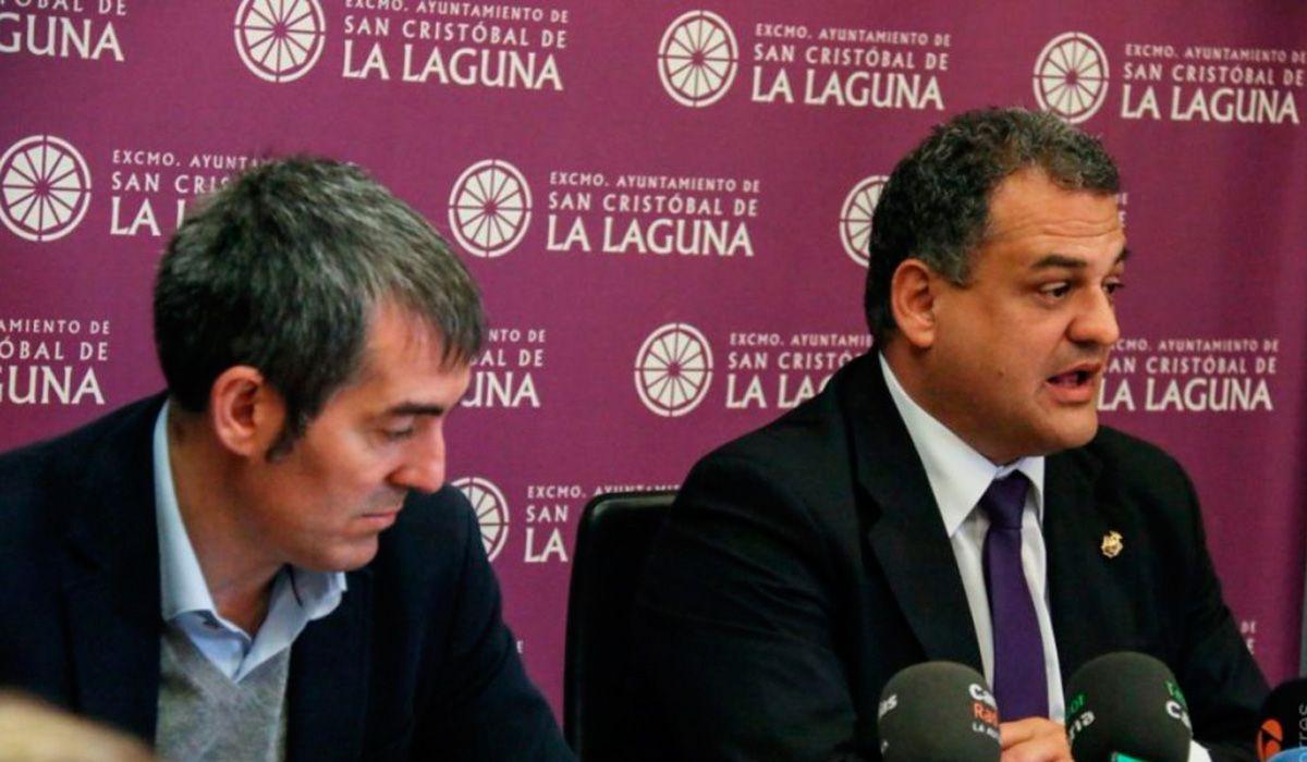 El exalcalde de La Laguna Fernando Clavijo y su sucesor, José Alberto Díaz Domínguez, ambos de Coalición Canaria. DA