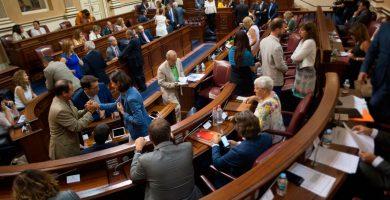 El Parlamento de Canarias debatirá hoy la proposición de Ley de Modificación de Emergencia en RTVC. FRAN PALLERO