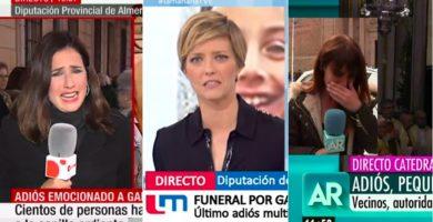 Periodistas, lloran mientras informan sobre Gabriel. / EE