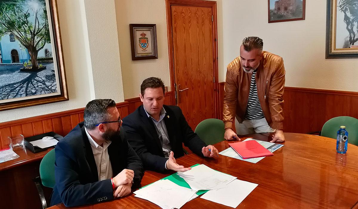 Un momento de la reunión entre Mena, García y Pérez