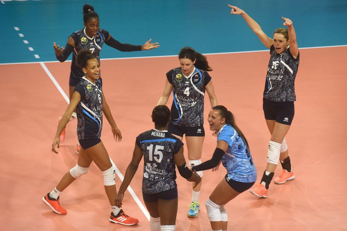 Arona contra 7 Palmas de voleibol femenino | FOTO: Sergio Méndez