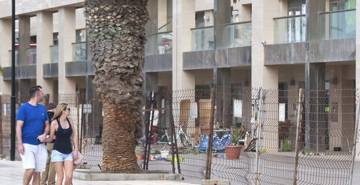"""Las inmobiliarias alertan del aumento de """"grupos organizados"""" de okupas en el sur"""