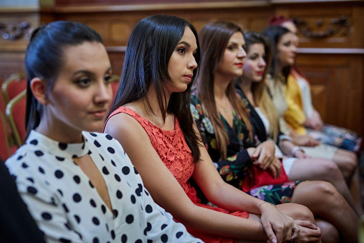 AG - PRESENTACION CANDIDATAS FIESTAS DE MAYO - 08_717