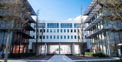 BMW inaugura oficialmente su campus de conducción autónoma cerca de Múnich