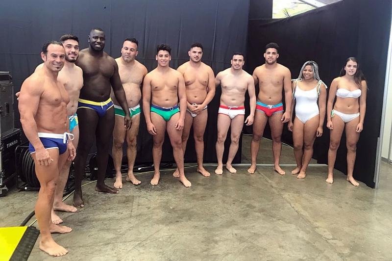 Lucha canaria pasarela Tenerife Moda bañadores Arena Negra (1)