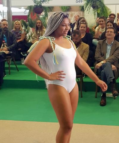 Lucha canaria pasarela Tenerife Moda bañadores Arena Negra (12)