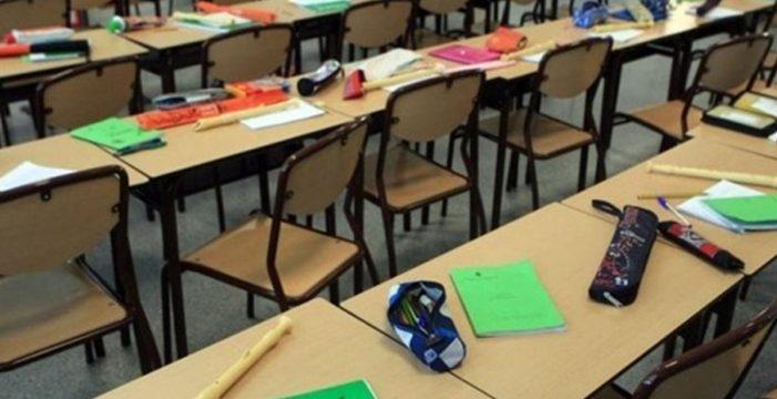 Las tareas de los alumnos dividen a la comunidad educativa canaria