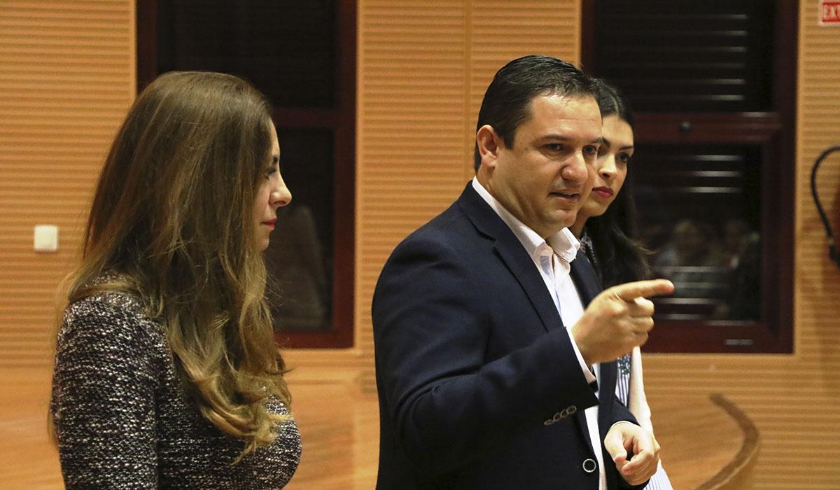 José Julián Mena, alcalde de Arona, en un acto sobre la atención primaria. DA