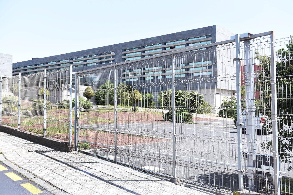 El empresario fue asesinado en el aparcamiento de la Escuela de Idiomas lagunera. Sergio Méndez